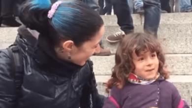 Photo of Vulgar manipulación de una madre a su hijo