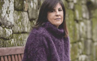 Photo of Gloria Lago (Hablamos Español) saca los colores al PP, en relación al uso del español
