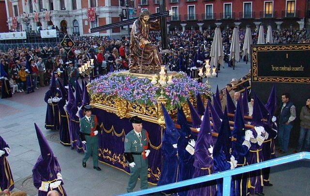 Photo of La justicia se opone al alcalde de Valladolid, que quería retirar los símbolos religiosos de la ciudad