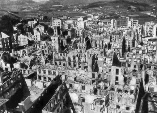 Photo of 82º aniversario del Bombardeo de Guernica: verdades ymentiras