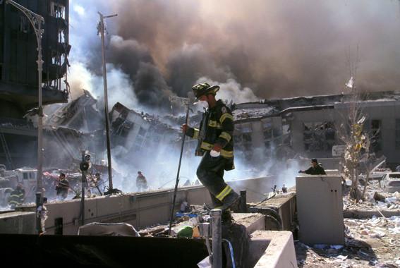 Photo of ¿Por qué siguen muriendo los bomberos y policías del 11S?