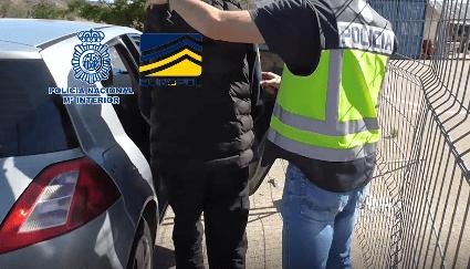 Photo of La Policía Nacional desmantela una red dedicada al tráfico de seres humanos y a la sustracción de menores de los centros de protección