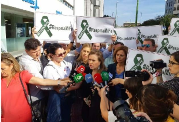 Photo of Crónica del juicio contra una procesión del «coño insumiso»