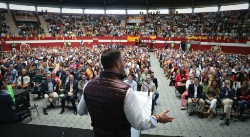 """Photo of Abascal: """"Hay indicios preocupantes de chavismo en las instituciones españolas"""""""