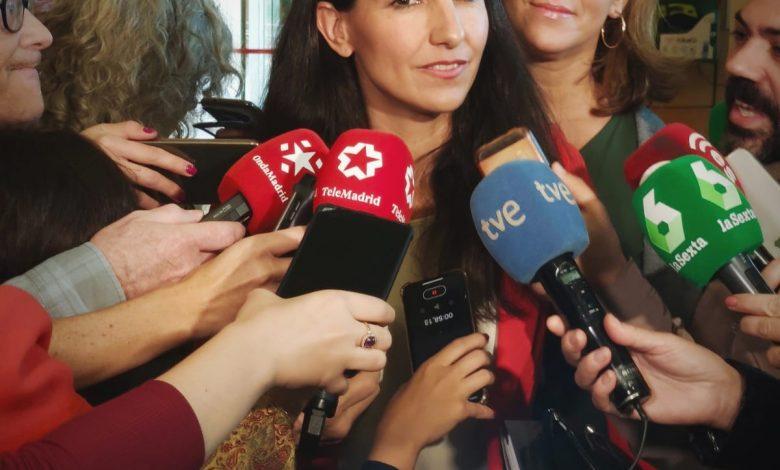 Photo of VOX acusa al PSOE de traicionar la transición con la exhumación de Franco