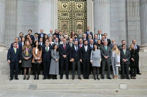 Photo of Arranca la legislatura para el GPVOX: Así son los 52 diputados que trabajarán por España Siempre
