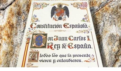 """Photo of Constitución y """"casta política"""""""