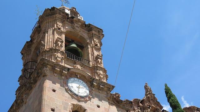 Photo of Campanas de las iglesias sonarán mañana a las 12 en memoria de los fallecidos por coronavirus