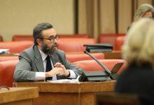 Photo of VOX quiere reducir la estructura del Gobierno
