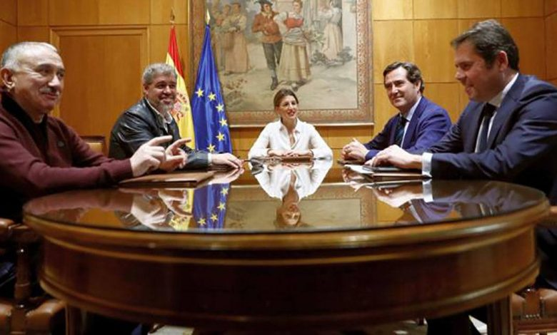 Photo of Solidaridad exige que se pague el 100% de los ERTEs, se incluya a los autónomos y no cuente para la declaración de la Renta