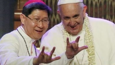 """Photo of Entrevistamos al historiador y filólogo Patricio Shaw: """"Las puertas del infierno no pueden prevalecer contra ningún Papa"""""""