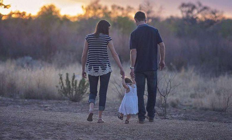 """Photo of """"La familia constituye la primera comunidad educadora"""", recuerdan"""
