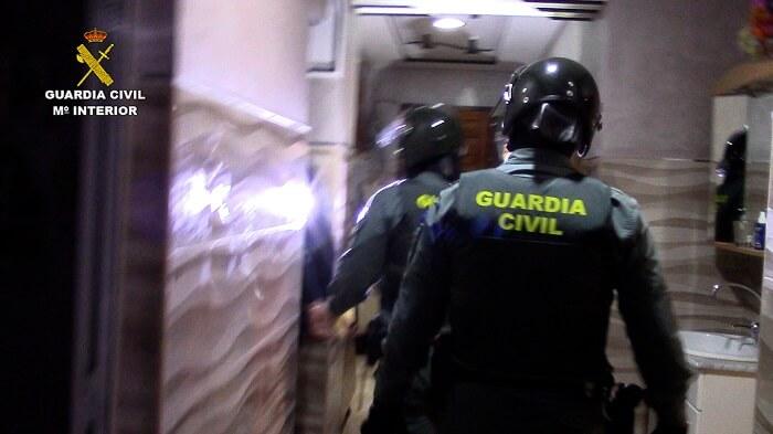 Photo of Desmantelada una organización que, mediante «pateras taxi», traía inmigrantes irregulares desde Argelia