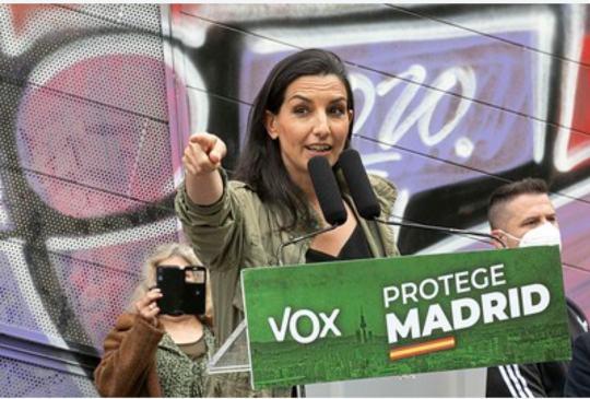 Photo of Monasterio: «Ante los totalitarios, nosotros ponemos una sonrisa, no tiramos piedras. No queremos educar a nuestros hijos en el odio»